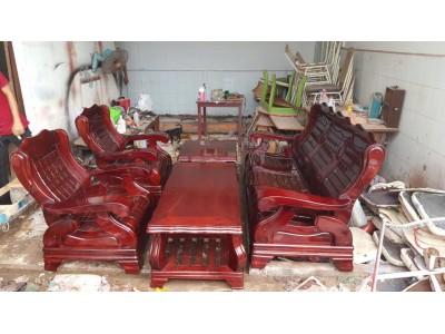 Làm sao để bán bàn ghế cũ giá cao tại TP Hồ Chí Minh?