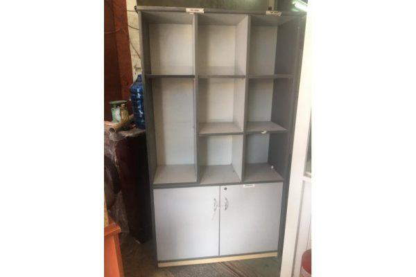thanh lý tủ nhiều ngăn màu trắng tnn001