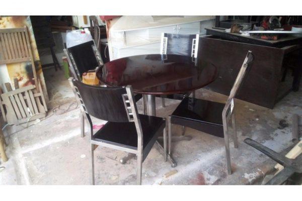 Thanh lý bộ bàn ăn tròn 4 ghế cũ