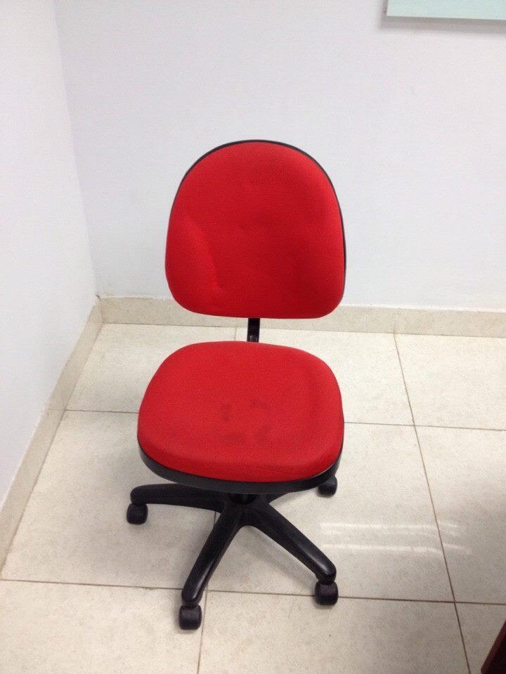 Bàn ghế xoay cũ giá rẻ