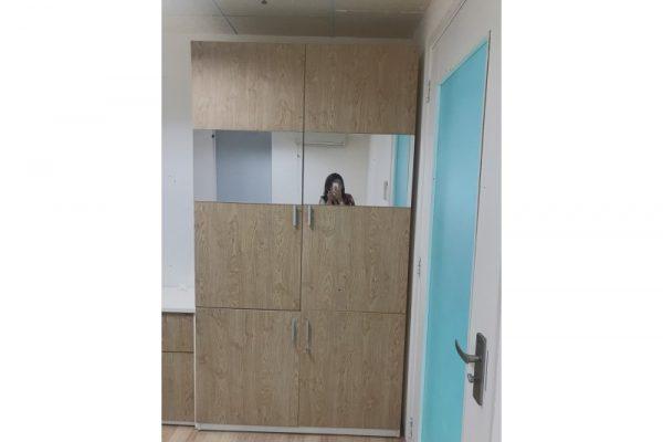Tủ áo gỗ có gương kiểu đẹp new 95% giá rẻ