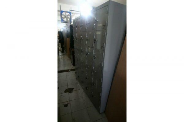 Thanh lý tủ sắt locker 30 ngăn cũ