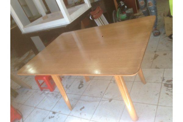 Thanh lý bàn oval 1m2 cũ gỗ tự nhiên