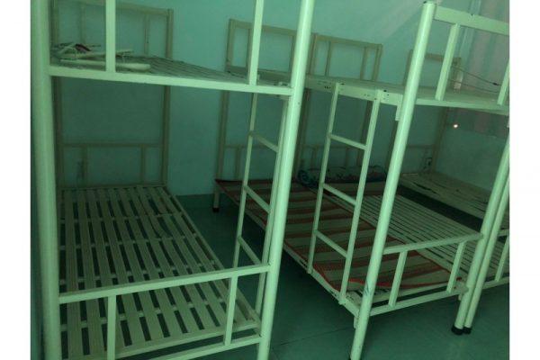 Thanh lý giường sắt 2 tầng cũ - trắng