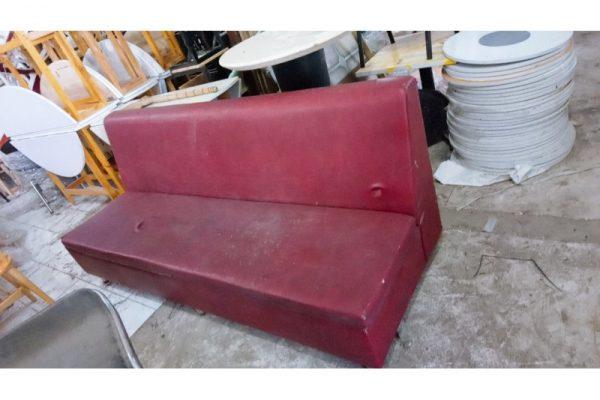 Thanh lý băng sofa dài 2m4 cũ màu đỏ đô