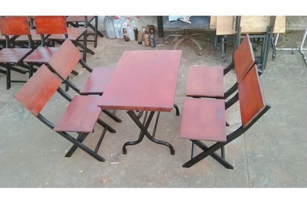 Thanh lý bộ bàn ghế xếp sắt cũ giá rẻ