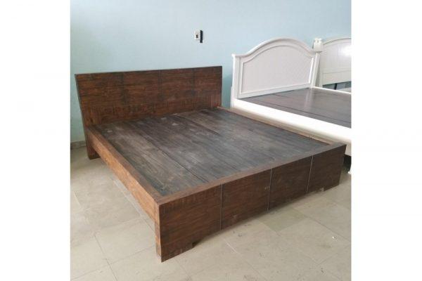 Thanh lý giường KING gỗ NZ Pine 1.9m x 2m