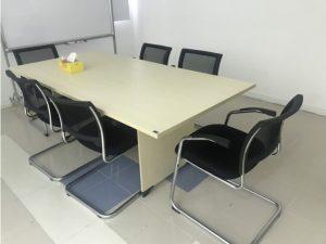 Thanh lý bộ bàn họp 6 ghế cũ mới 95% giá rẻ