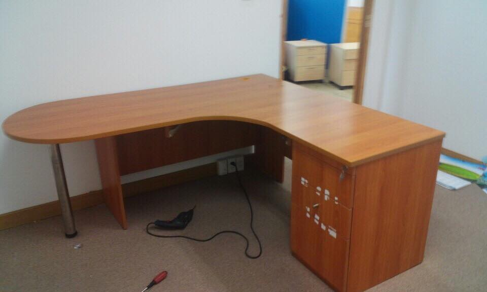 Mua nội thất văn phòng cũ và những điều cần biết