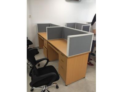 Thanh lý bàn ghế văn phòng giá rẻ