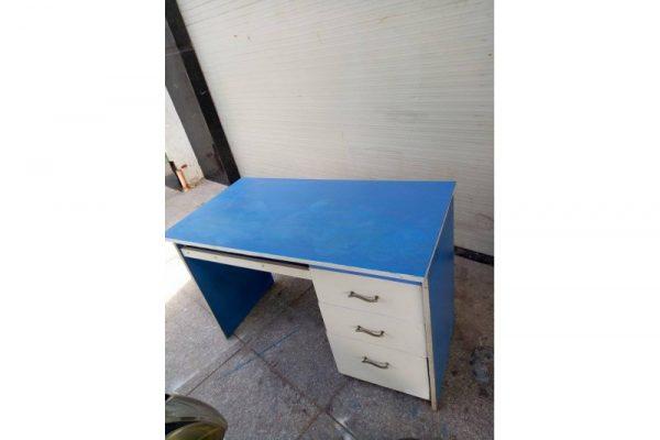 Thanh lý bàn làm việc cũ 1m2 màu xanh 3 hộc