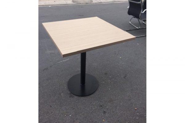 Thanh lý Bàn cafe chân sắt mặt gỗ vuông cũ - BCFC36