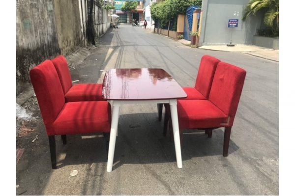 Thanh lý Bộ bàn ăn 4 ghế bọc nhung cũ giá rẻ