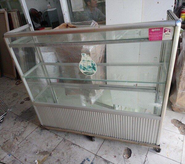 Thanh lý tủ nhôm kính cũ mới 99%