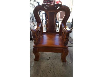 Mua bàn ghế cũ giúp bảo vệ môi trường xung quanh
