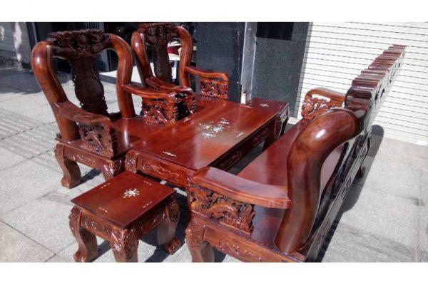 Thanh lý bộ salon gỗ tràm kiểu rồng tay 12