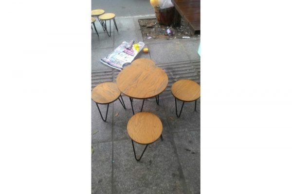 Thanh lý bàn ghế cafe cũ chân sắt mặt gỗ