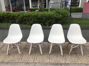 +100 cái ghế eames trăng cũ thanh lý giá cực rẻ