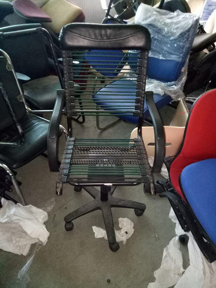 Mua bàn ghế văn phòng thanh lý bằng cách nào?