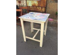 Thanh lý Bàn cafe chân gỗ mặt vuông cũ - BCFC26