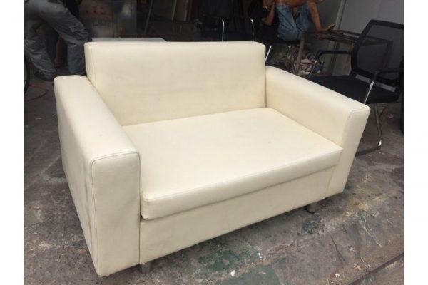 Thanh lý Ghế sofa bọc vải màu kem 1m3 cũ giá rẻ