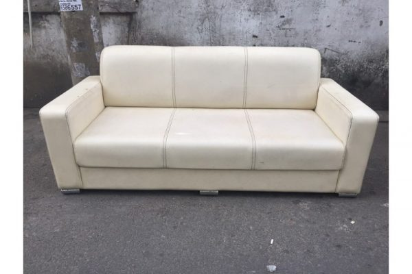 Thanh lý Bàng ghế sofa cũ 1.9m bọc vải màu sữa - SFC50