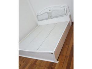 Thanh lý giường 1m8 cũ màu trắng giá rẻ