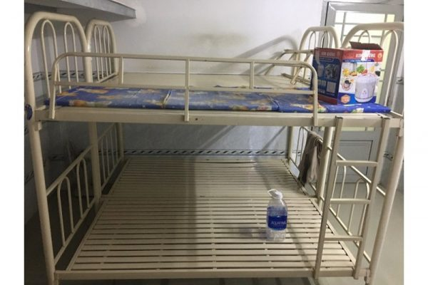 Thanh lý Giường sắt 2 tầng 1mx1.9m cũ giá rẻ