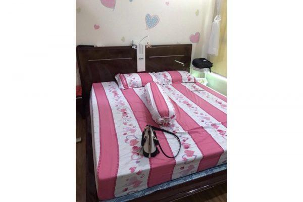 Thanh lý giường gỗ xuất khẩu 1m8