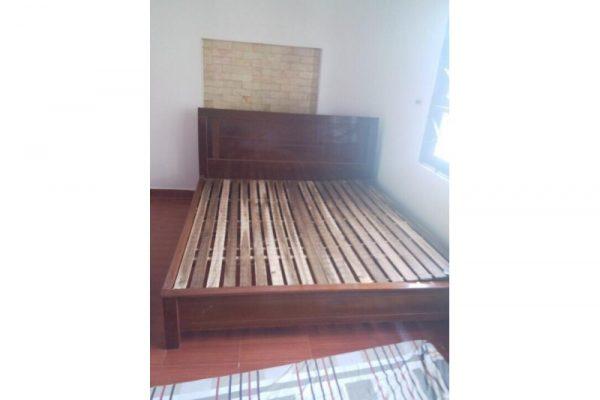 Thanh lý giường ngủ 1m8 như mới