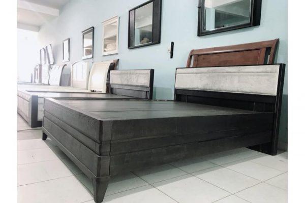Thanh lý giường KING 1m55 x 2m màu xám đen