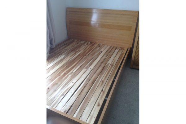 Thanh lý Giường gỗ 1m6 hàng cũ còn đẹp 95%