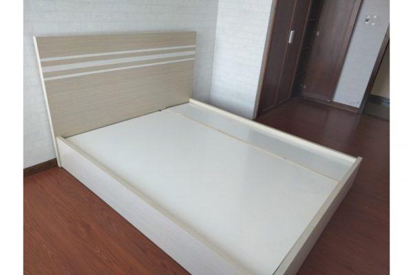 Thanh lý Giường gỗ cũ 1m6, 1m8 cao cấp giá rẻ