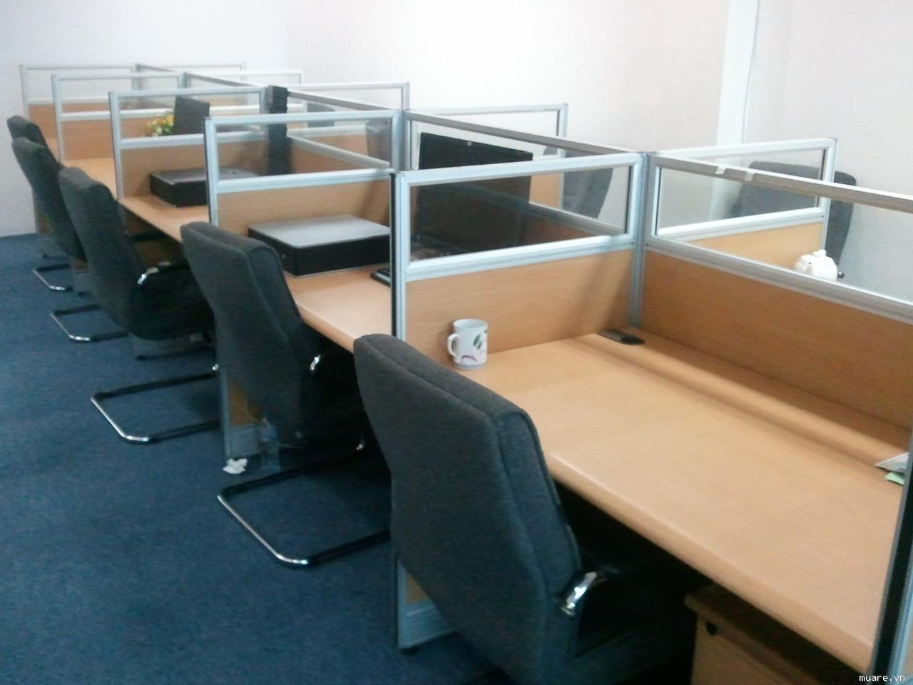 bàn ghế thanh lý văn phòng đã qua sử dụng
