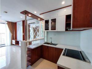Tủ bếp đóng sẵn giá rẻ cho căn hộ cao cấp mẫu 03