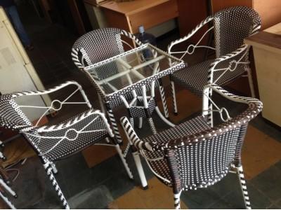 Thu mua bàn ghế cafe cũ giá cao