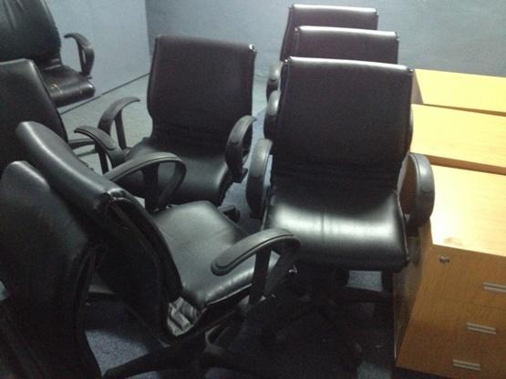 mua ghế văn phòng cũ