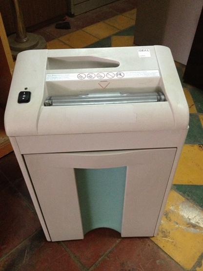 bán máy hủy giấy cũ