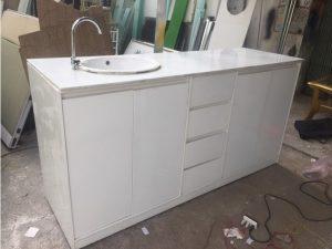 Thanh lý Tủ bếp cũ 2m màu trắng có bồn rửa giá rẻ