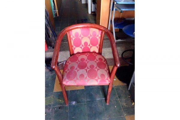Thanh lý ghế gỗ bọc nệm cũ M26