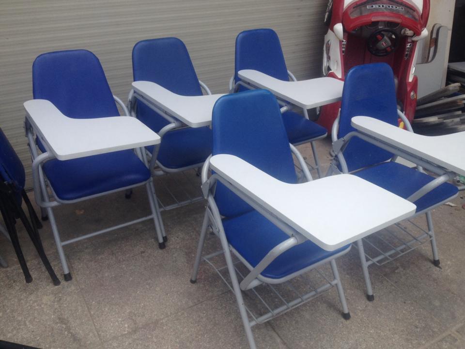 thanh lý ghế xếp liền bàn