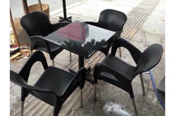 thanh lý bàn ghế nhựa cafe cao cấp