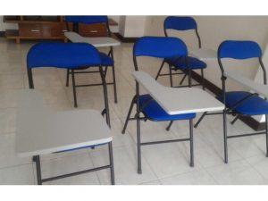 Thanh lý ghế xếp liền bàn cũ