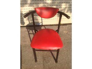 Thanh lý ghế 4 chân nệm đỏ giá rẻ