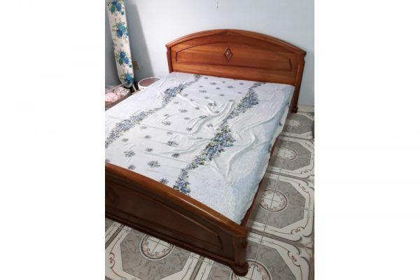 Thanh lý giường gỗ HAGL giá rẻ