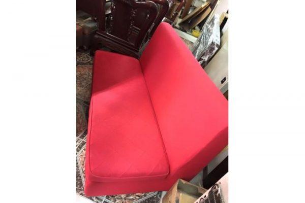 Thanh lý sofa 3 chỗ màu đỏ