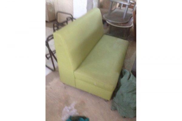 Thanh lý sofa đôi cũ màu xanh lá