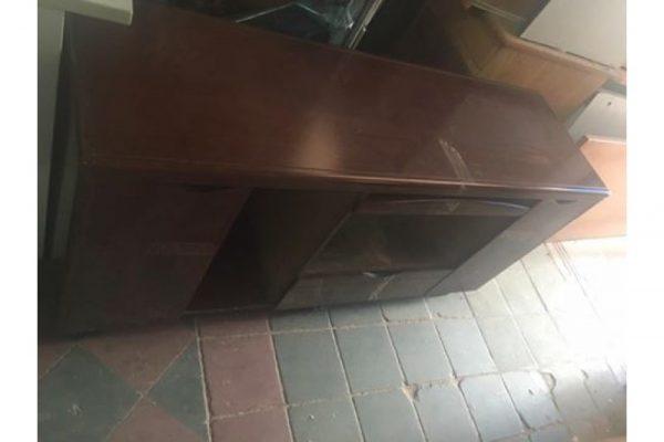 thanh lý tủ tivi thấp t02