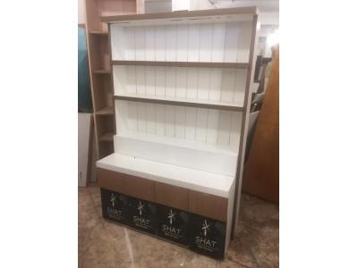 Cách chọn thanh lý tủ trưng bày phù hợp với việc bán hàng
