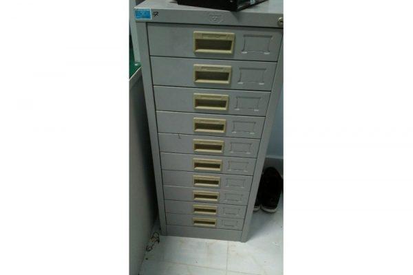 Thanh lý Tủ hồ sơ sắt 10 ngăn mới đẹp 90% giá rẻ